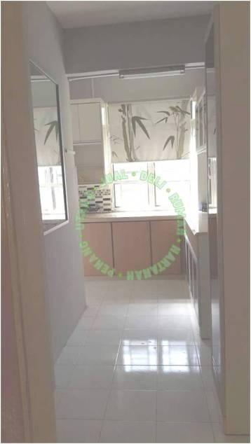 Apartment Mutiara Perdana Bayan Lepas - Dari Ruang Tamu Ke Ruang Dapur