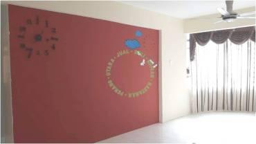 Apartment Mutiara Perdana Bayan Lepas - dinding ruang tamu