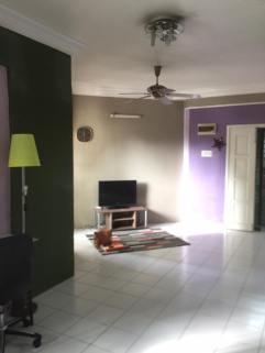 Apartment Jalan Merbah Bayan Lepas Untuk Dijual - Ruang Tamu