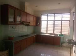 Rumah Semi D Taman Bemban Baling Kedah Untuk Dijual_kitchen cabinet
